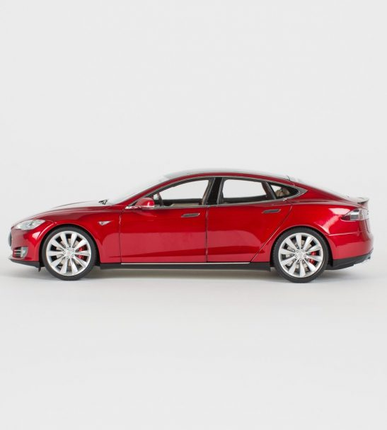 diecast-p85-model-s-1-18-scale-red-by-tesla