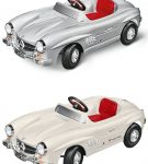 classic-300-sl-childrens-pedal-car-by-mercedes-benz
