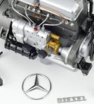 Mercedes-Benz Racing Car Transporter LO 2750 by CMC 4