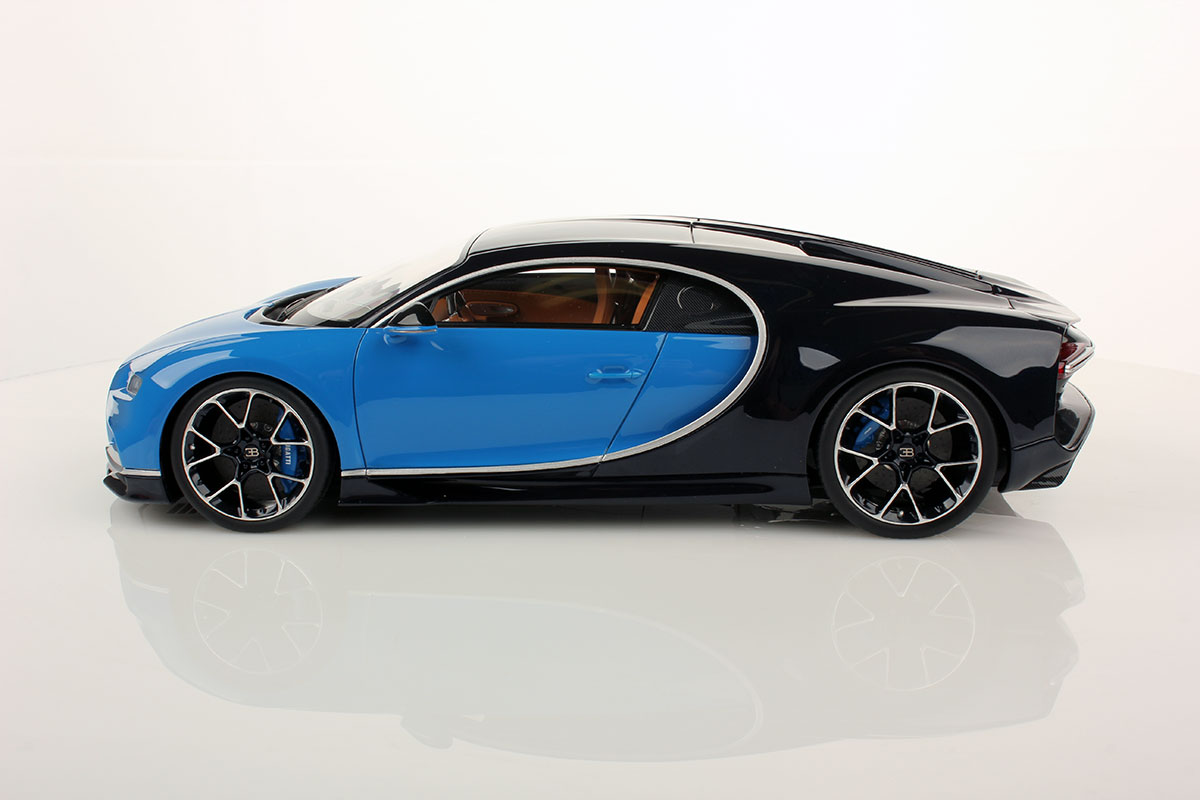 light blue sport bugatti chiron by mr collection 1 18 scale choice gear. Black Bedroom Furniture Sets. Home Design Ideas