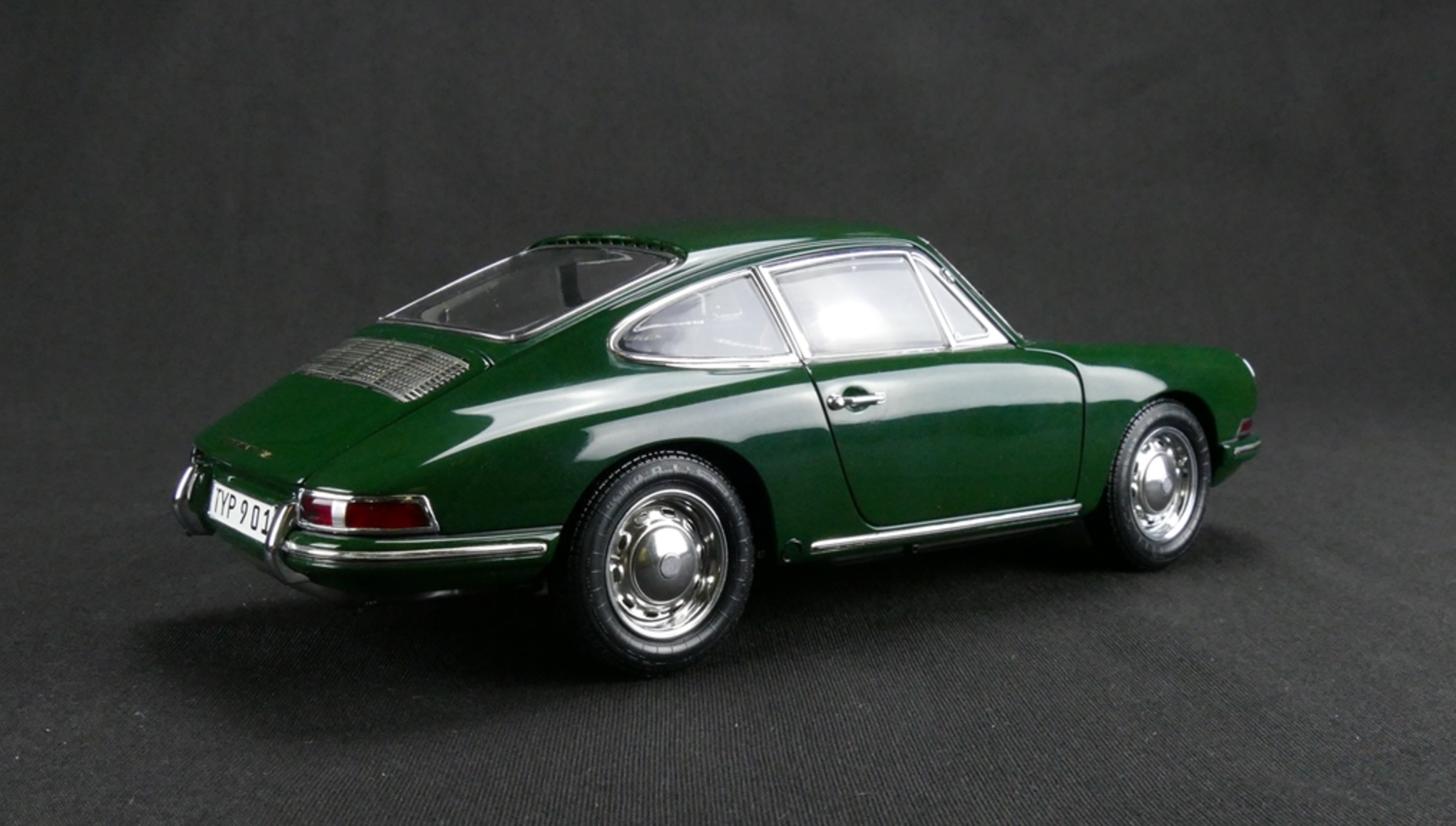 1964 Irish Green Porsche 901 By Cmc 1 18 Scale Choice Gear