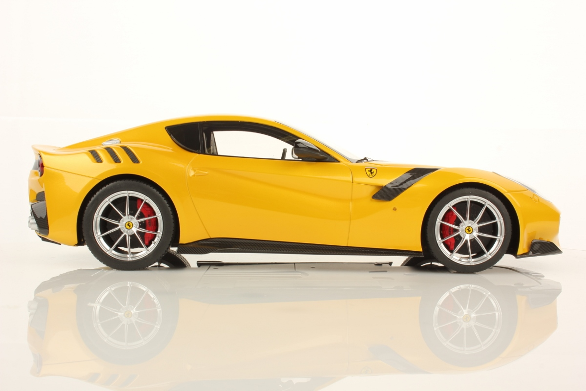 Yellow Ferrari F12 Tdf By Mr Collection 1 18 Scale
