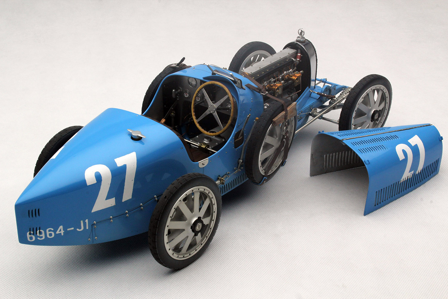 French Blue Bugatti Type 35 By Amalgam Collection 1 8 Scale Choice Gear