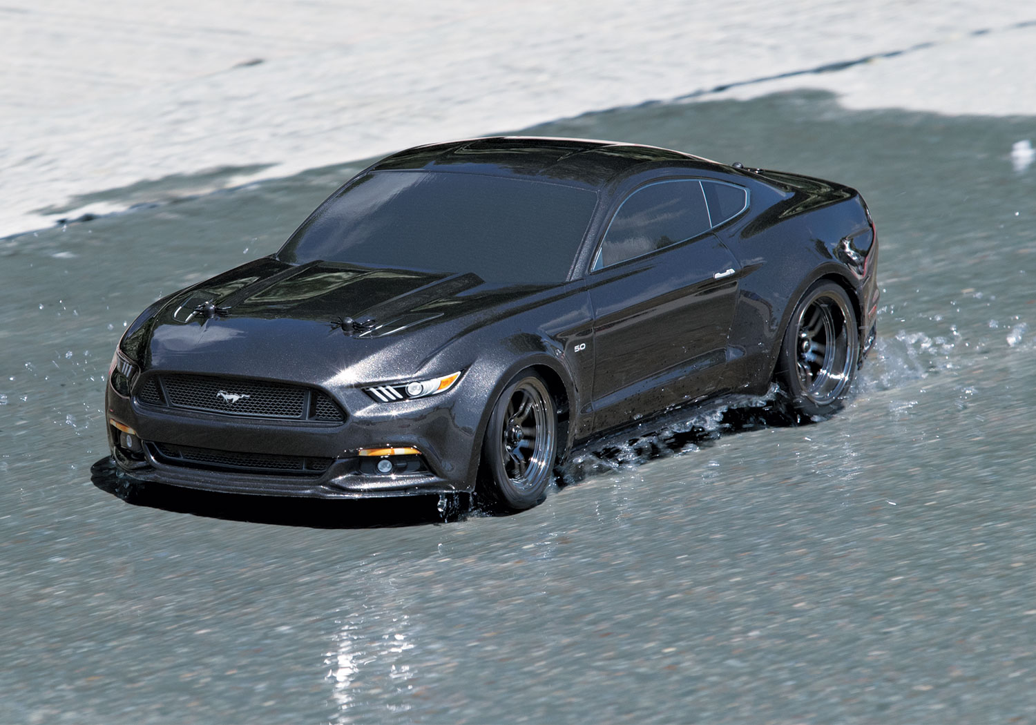 rc ford mustang gt by traxxas 1 10 scale choice gear. Black Bedroom Furniture Sets. Home Design Ideas